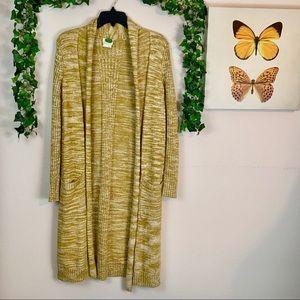 Anthropologie Cardigan    Size Medium